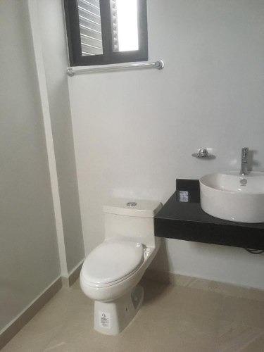 exclusivo condominio dentro de residencial arbolada c2589