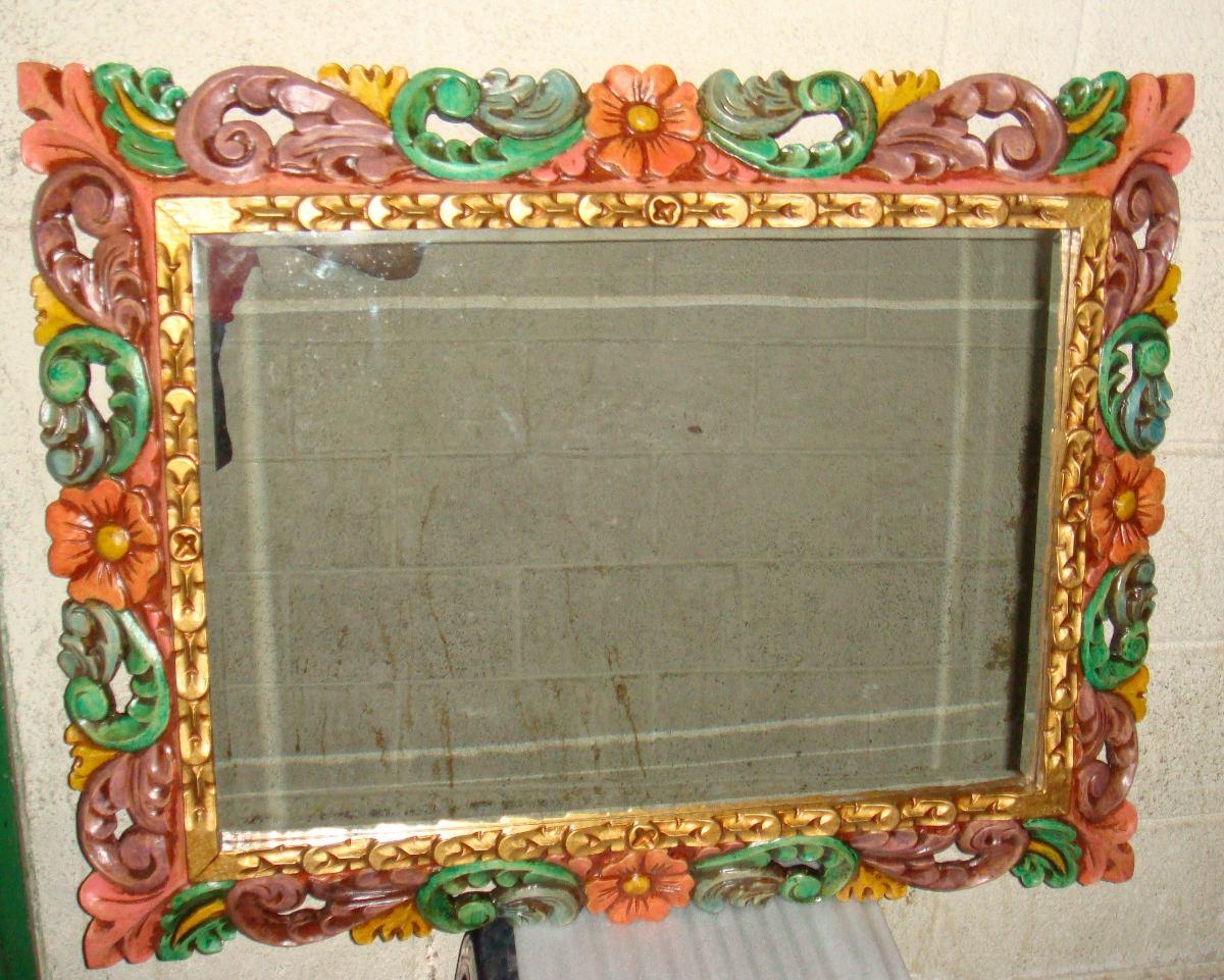 Exclusivo espejo biselado con marco de cedro tallado a for Espejo con marco biselado