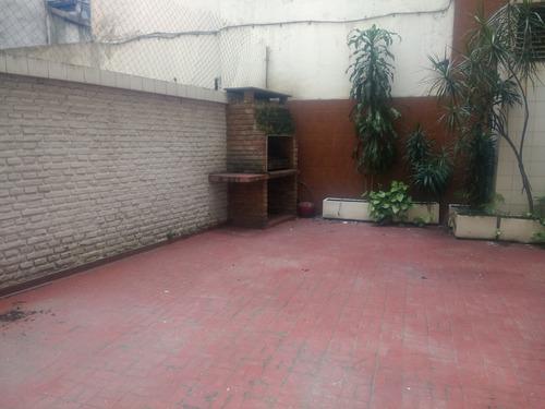 exclusivo patio con parrilla. posibilidad de 2º dormitorio.
