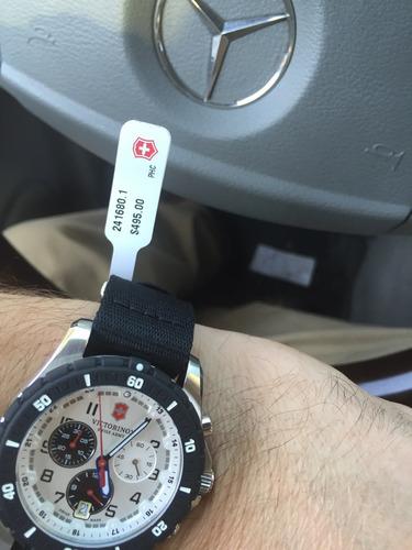 exclusivo reloj victorinox