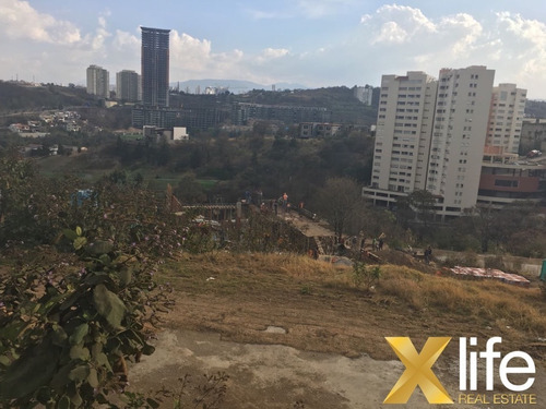 exclusivo terreno en fraccionamiento en  bosque real
