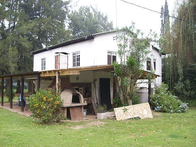 exelente casa en islas de delta  rio carapachay 300 .!!!!