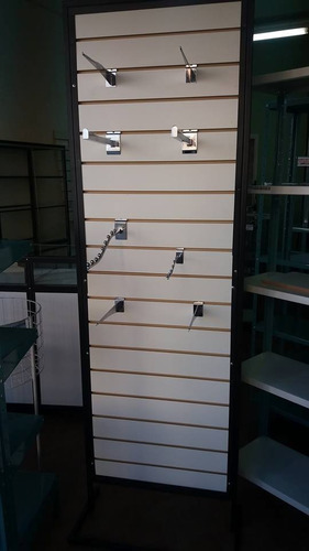 exhibidor con panel ranurado para ganchos. oferta!!!