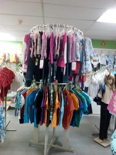 exhibidor de ropa cuatro niveles