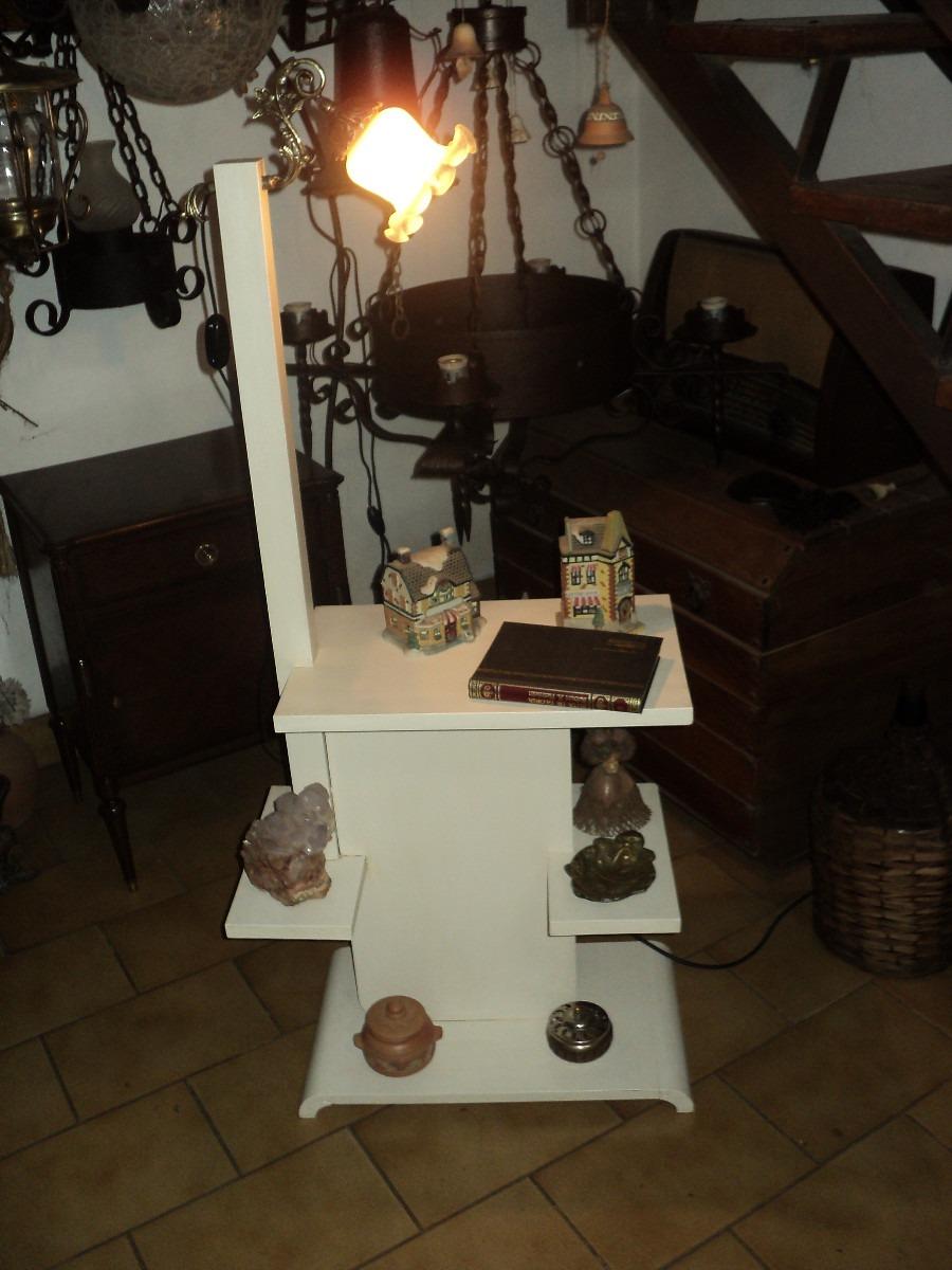 Exhibidor Mesa Auxiliar Lampara Antigua Saudade 1 850 00