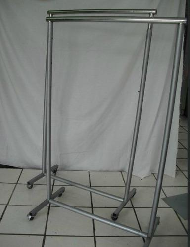 exhibidor para ropa de metal