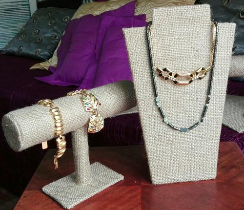 exhibidores pechera collares cadenitas pulseras anillos