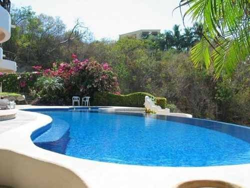 expectacular villa en playa tejoncito