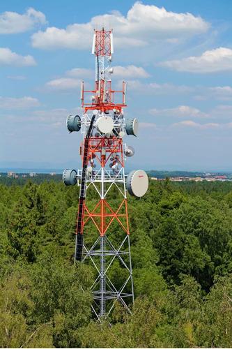 expertos en telecomunicaciones, voz, datos, internet.