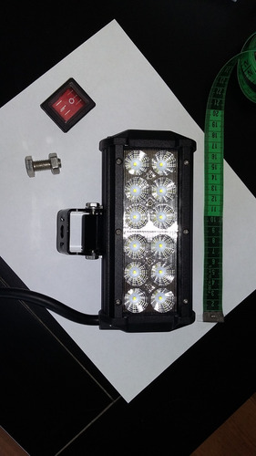 exploradora led 3600lm impermeable con soporte y switch impe