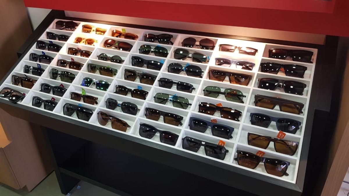 8f1c4046a Expositor De Óculos Bandeja Mercadao Dos Óculos - R$ 2.500,00 em ...