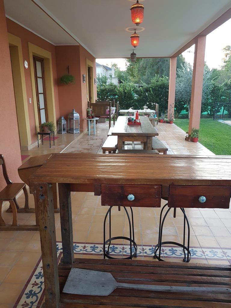 exquisita casa estilo villa italiana impecable!