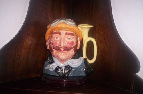 exquisita jarra royal doulton veteran motorist large