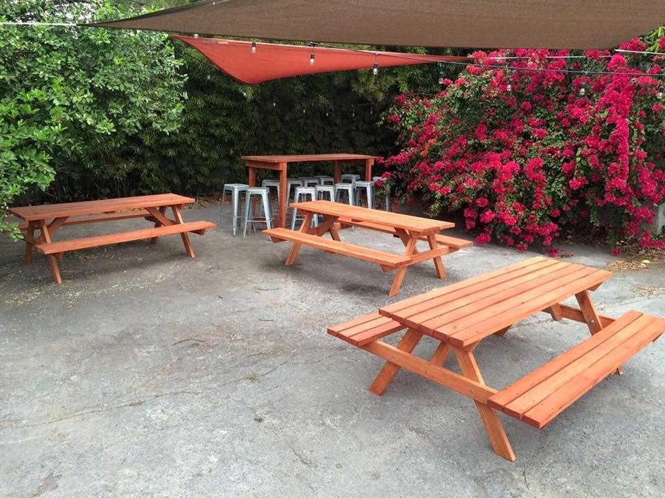 Mesas de madera pic nic picnic exterior bancas jardin for Bancas para jardin de madera