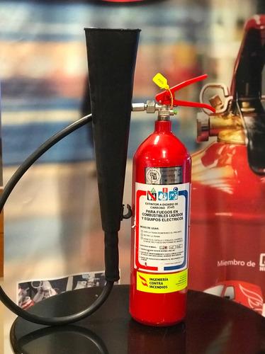 extintor co2 de 3.5 kg+ cartel + soporte  aprobado unit