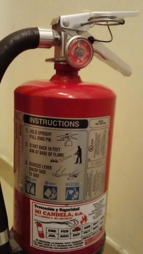 extintor de polvo quimico para a, b, c, usado