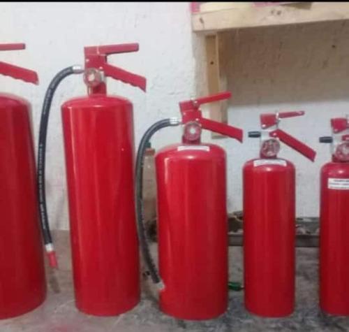 extintores y equipo contra incendio y seguridad