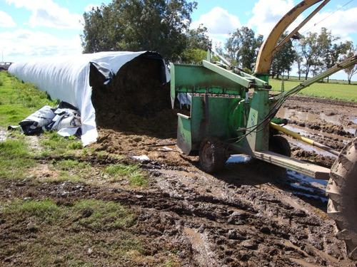 extractor de forrajes y granos embolsaodos