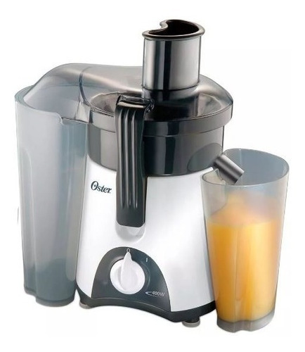 extractor de jugos oster  con jarra con capacidad de 750 ml