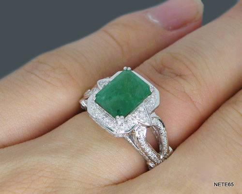 ed53df2caa33e Exuberante Anel De Esmeralda E Diamantes Ouro 18k Maciço - R  8.100 ...