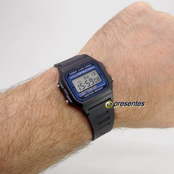c8427156b09 F-105w Relógio Casio Digital Vintage Retro Iluminator Azul - R  118 ...