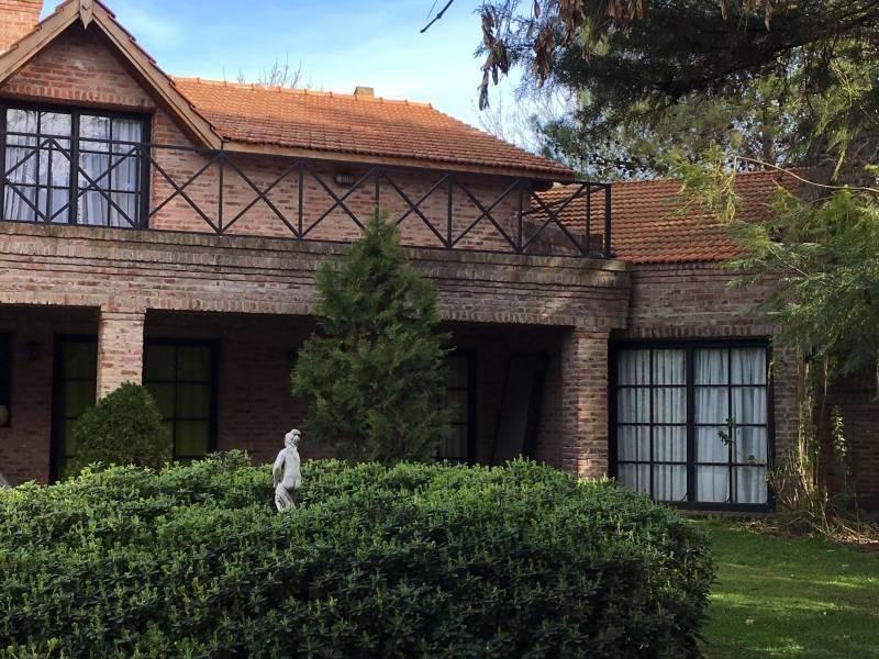 f. berraz - olivos golf club - casa en venta.