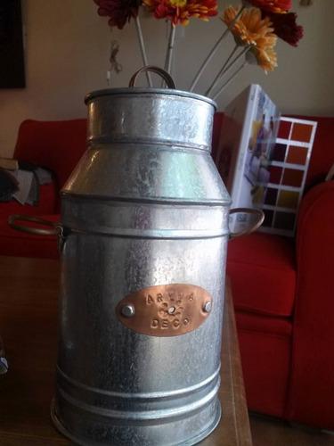 fabrica artesanal hojalata,chapa,cobre,regalo,jarra tropera