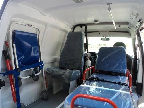 fábrica, carrozado de ambulancias y equipamiento médico.