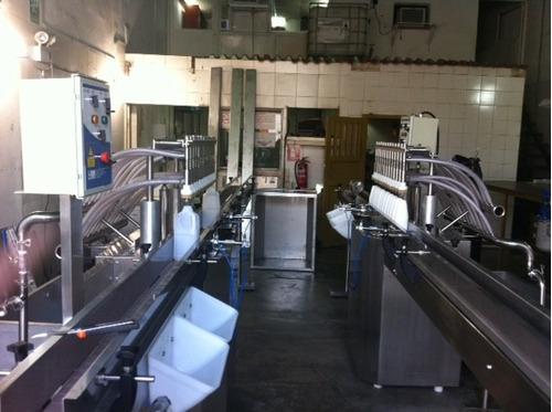 fabrica de maquinas envasadoras de líquidos