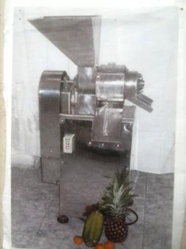 fabrica de maquinas para alimento humano y animal.