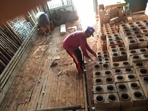 fábrica de tijolo ecológico completa funcionando