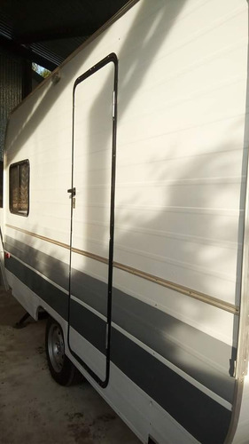 fabrica  de trailers y casas rodantes de tiro. 3,50 metros