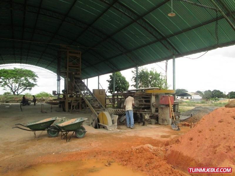 fabrica de tubos en ciudad bolívar