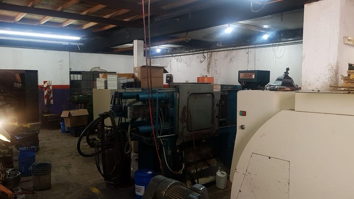fabrica taller metalúrgico fuerza motriz facilidades permuta