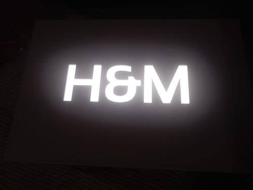fabricación de avisos luminosos acrilico acero inox banners