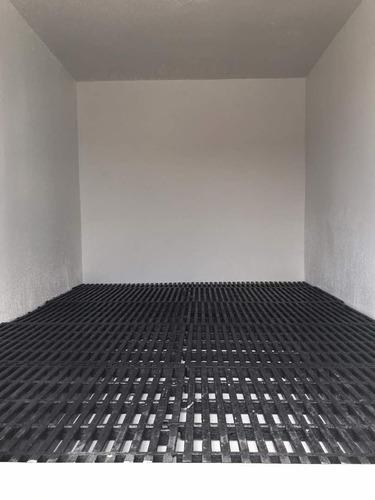 fabricacion de cavas en fibra de vidrio y poliuretano