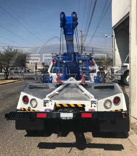 fabricación de grúas vehiculares