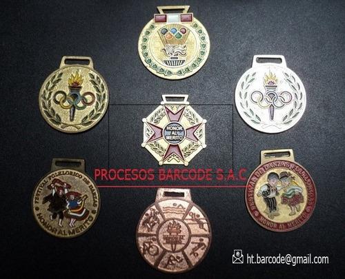 fabricación de medallas en bronce y zamac.