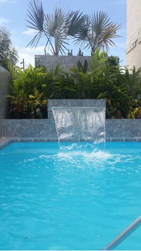 fabricacion de piscinas y jacuzzis en fibra de vidrio