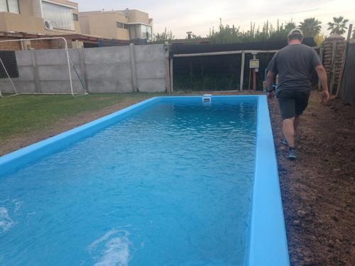 fabricación de piscinas y jacuzzis en fibra de vidrio