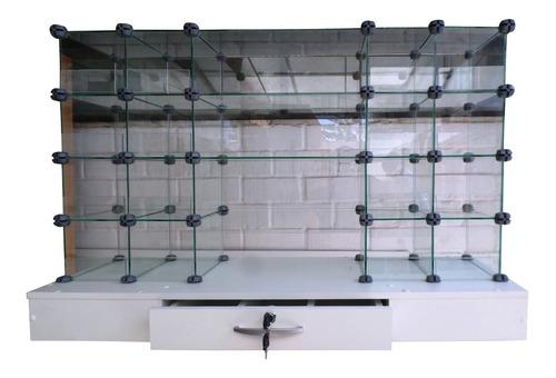 fabricación de vitrinas, exhibidores, mesones, murales
