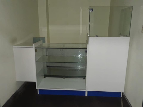 fabricacion de vitrinas modulares, caunter, vineras