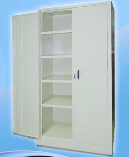 fabricación de vitrinas-mostradores-estantes-lockers-archivo