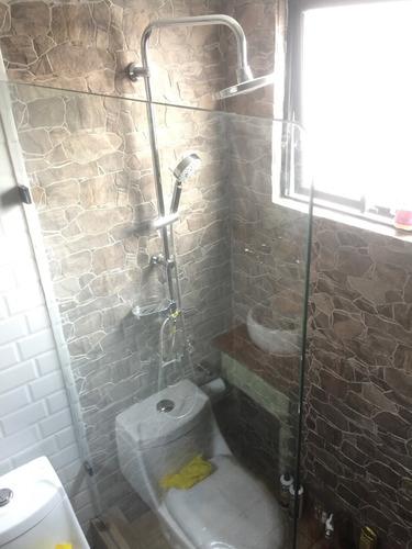 fabricación e instalacion de shower door en vidrio templado