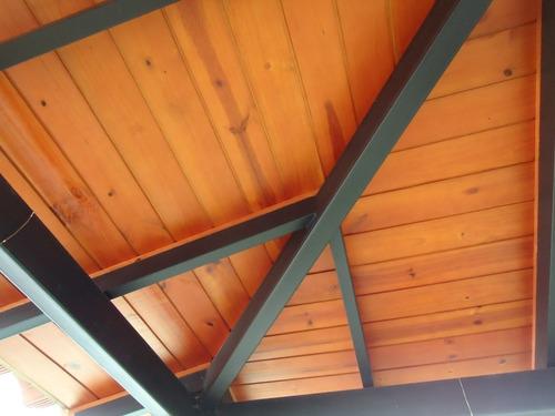 fabricación e instalación de techos de machihembrado