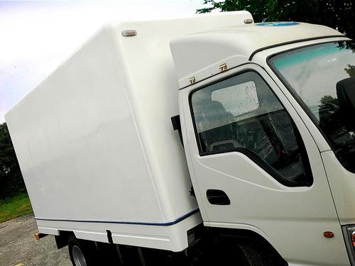 fabricación, venta y reparación de cavas de fibra y furgones