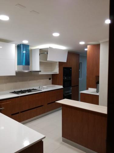 fabricación y diseño de muebles de cocina a medida.