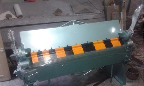 fabricación y mantenimiento de dobladoras y cortadoras.