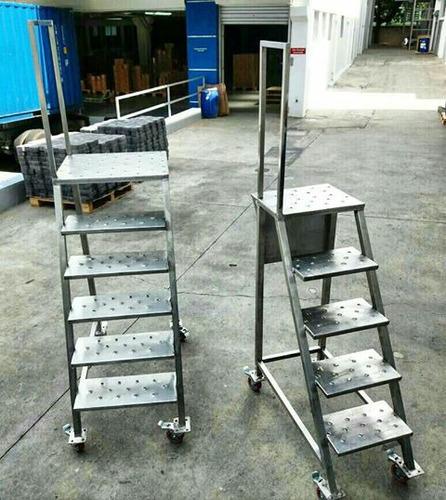 fabricamos equipos en acero inoxidable para las industrias