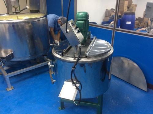 fabricamos marmitas de cualquier capacidad